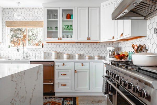 Can You DIY Cabinet Refacing San Diego?