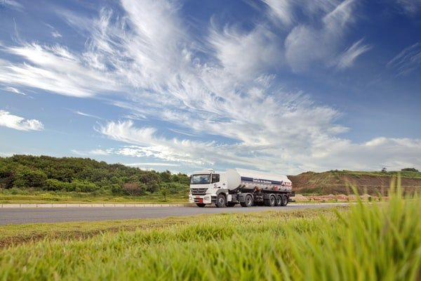 How To Narrow Down Your CDL School Sacramento Options