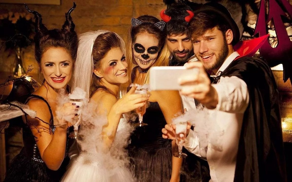 How To Organize Halloween Party? 6 Tips To Follow
