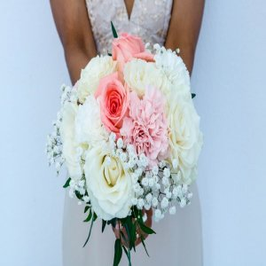 How To Incorporate Wooden Flowers Wedding