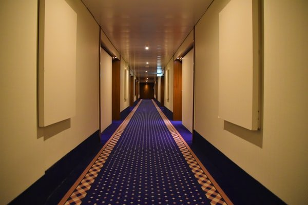 What To Consider When Choosing Hotel Flooring